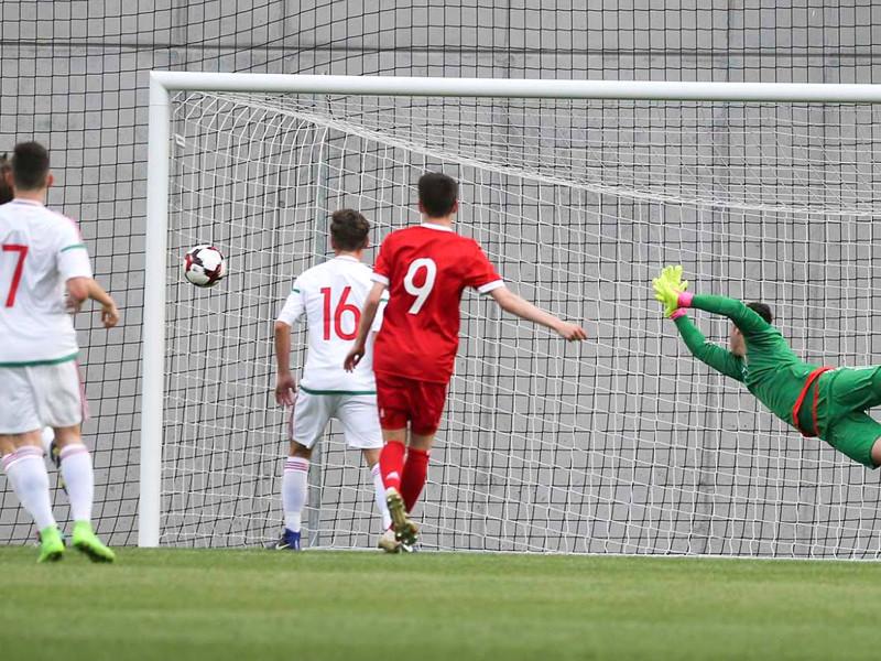 Юные российские футболисты не пробились на Евро, заняв последнее место в группе