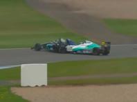 """17-летний гонщик """"Формулы-4"""" лишился обеих ног в результате аварии"""