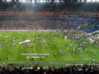 Турецкие футбольные фанаты едва не сорвали матч Лиги Европы в Лионе