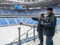 """Газон новой арены """"Зенита"""" кто-то уже испортил колесной техникой"""