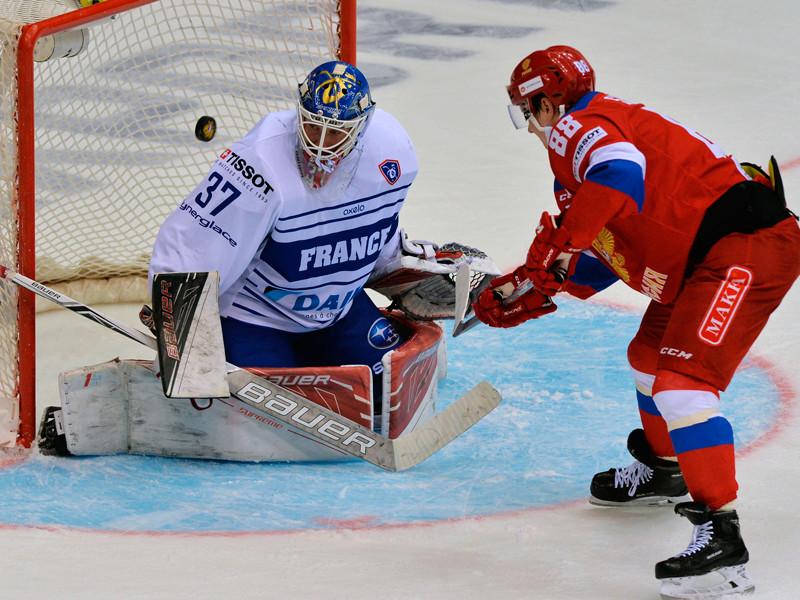 Хоккеисты олимпийской сборной России в Челябинске разгромили со счетом 6:0 (3:0, 1:0, 2:0) команду Франции во втором матче Еврочелленджа