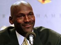 Майка легендарного американского баскетболиста Майкла Джордана, в которой он выступал на Олимпиаде 1984 года в Лос-Анджелесе, будет выставлена на аукцион в июне