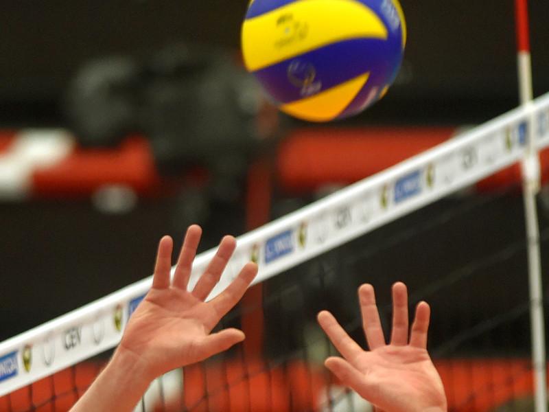 Сборная России по волейболу одержала вторую победу подряд в рамках отборочного турнира чемпионата мира 2018 года среди мужских команд, который проходит в эти дни в эстонском Таллине