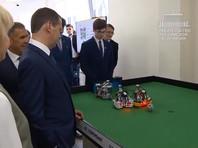 Премьер Медведев предложил заменить футболистов сборной России роботами