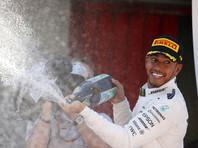 Хэмилтон победил в Испании, похудев во время гонки на два килограмма