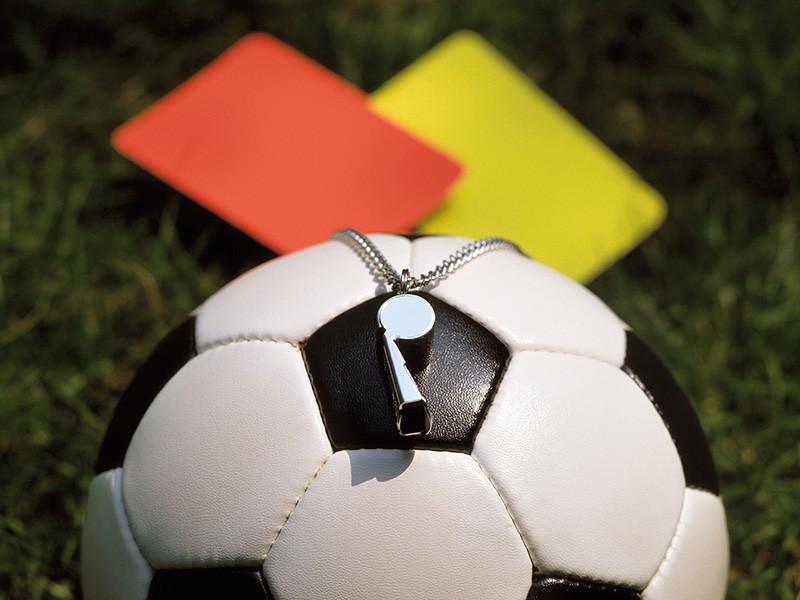 Футбольная ассоциация Англии (ФА) выступила с заявлением относительно введения более строгих санкций за симуляцию столкновений и травм на поле