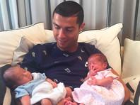 Фото новорожденных детей Криштиану Роналду покоряет рекорд Instagram