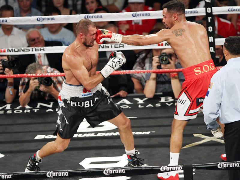 Российский боксер Сергей Ковалев рассчитывает на очередной бой-реванш против Андре Уорда, которому уступил в воскресенье