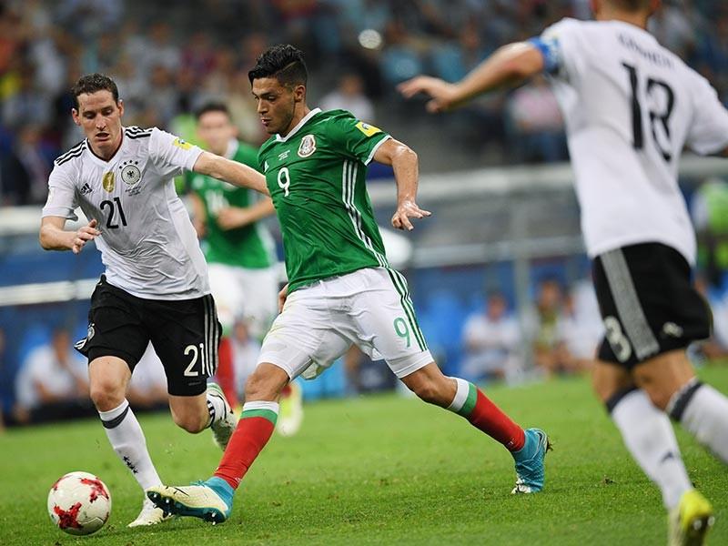 Сборная Германии по футболу со счетом 4:1 обыграла национальную команду Мексики во втором полуфинальном матче Кубка конфедераций, который проходит в эти дни в четырех городах России