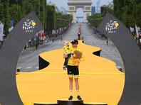 """Победителем """"Тур де Франс"""" в третий раз подряд стал британец Крис Фрум"""