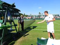 Российский теннисист Даниил Медведев оштрафован за скандал на Уимблдоне