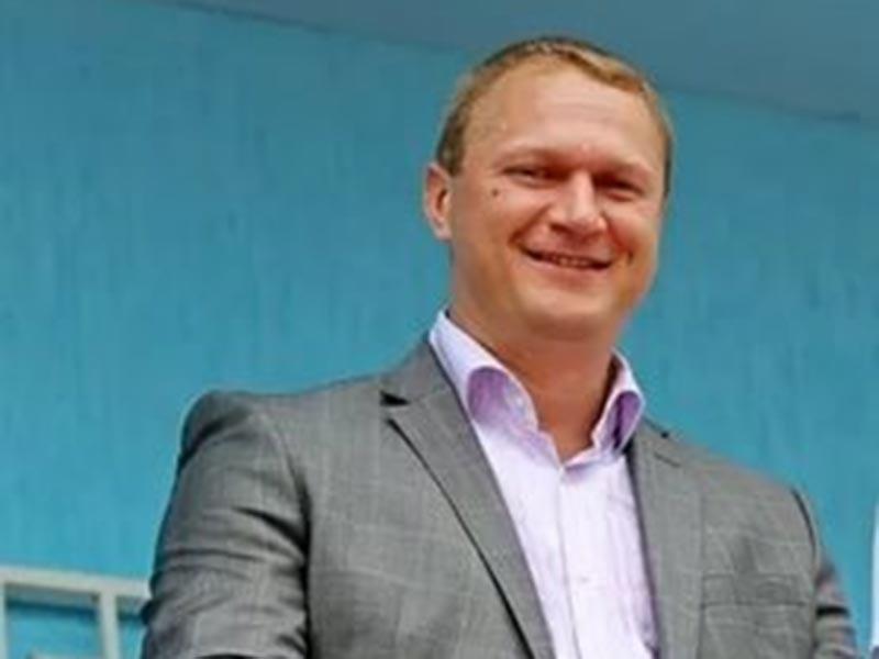 Новым главным тренером мужской сборной России по гандболу назначен Эдуард Кокшаров, сообщает пресс-служба Федерации гандбола России