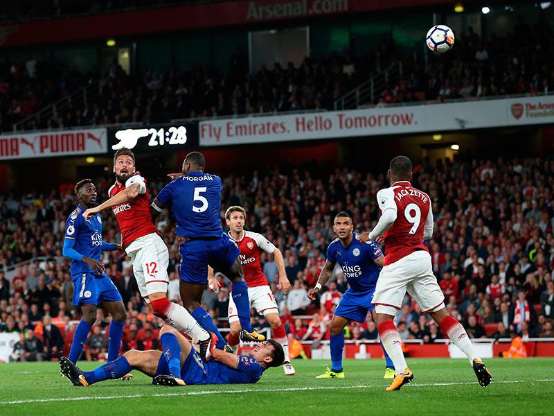 В первом матче чемпионата Англии футболисты забили семь мячей