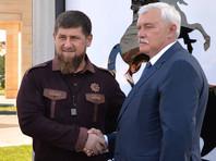 """По наиболее правдоподобной версии, видео было снято в начале августа, когда Полтавченко посещал Чечню с официальным визитом. При этом губернатор этой речевкой поддержал одноименную чеченскую команду по смешанным единоборствам, и фраза не имела отношения к футбольному клубу """"Ахмат"""""""