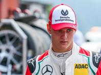 Сын Михаэля Шумахера сел за болид своего отца  перед стартом Гран-при Бельгии