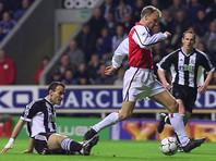 Гол Денниса Бергкампа признан лучшим в истории английской Премьер-лиги