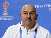 Представители сборной России не просили и не будут просить кого-либо из футболистов принять российское гражданство, заявил главный тренер национальной команды Станислав Черчесов