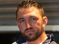 Британский боксер готовится к титульному поединку на скотобойне