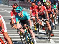 """Победители велогонки """"Вуэльта"""" теперь не дождутся поцелуев на подиуме"""