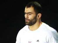 Боксер Рахим Чахкиев объявил о завершении карьеры
