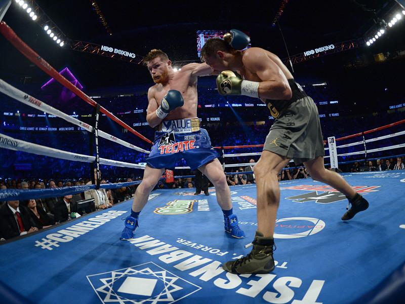 Казахстанец Геннадий Головкин защитил титулы чемпиона мира по версиям WBA-super, IBF и WBC в весовой категории до 72,6 кг. 12-раундовый поединок в Лас-Вегасе с мексиканcким боксером Саулем Альваресом завершился вничью