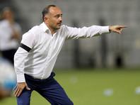 Тренера сборной Узбекистана по футболу с позором уволили со своего поста