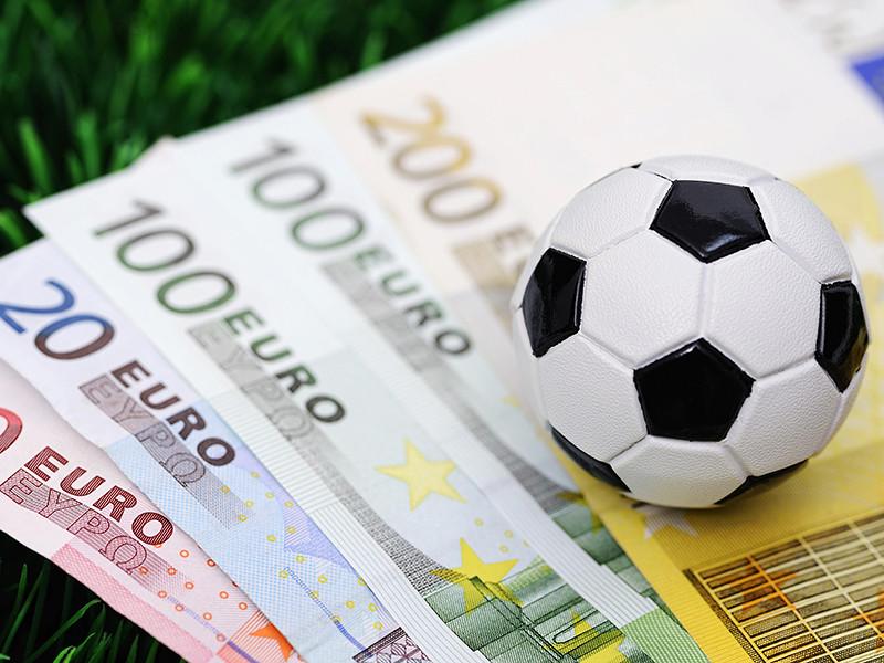 """Отечественные клубы заключили 28 сделок за рубежом и потратили на новых футболистов 129 млн евро, причем больше половины от этой суммы приходится на питерский """"Зенит"""""""