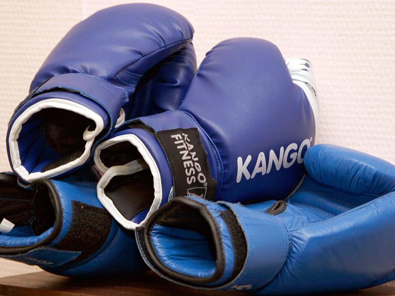 В рамках чемпионата России по боксу в Грозном 8 октября вновь прошли показательные бои с участием детей главы Чечни Рамзана Кадырова - девятилетнего Адама, 10-летнего Эли и 11-летнего Ахмада
