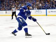 """Кучеров забросил две шайбы в ворота """"Питтсбурга"""" и догнал Овечкина в списке снайперов сезона в НХЛ"""