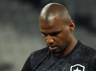 Вратаря сборной Бразилии под дулом пистолета высадили из собственной машины (ВИДЕО)