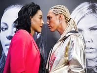 Девушка-боксер поцеловала соперницу во время дуэли взглядов
