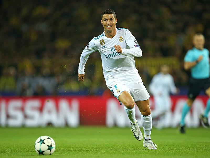 """Нападающий испанского футбольного клуба """"Реал"""" Криштиану Роналду через десять лет может начать боксерскую карьеру по примеру бывшего партнера по """"Манчестер Юнайтед"""" Рио Фердинанда"""