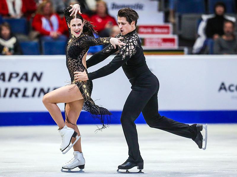 """Канадские фигуристы Тесса Вирту и Скотт Моир обновили собственный мировой рекорд в короткой программе в танцах на льду на этапе Гран-при """"Скейт Канада"""", который проходит в Реджайне"""