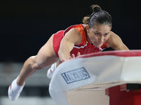 42-летняя советская гимнастка Оксана Чусовитина пробилась в финал чемпионата мира