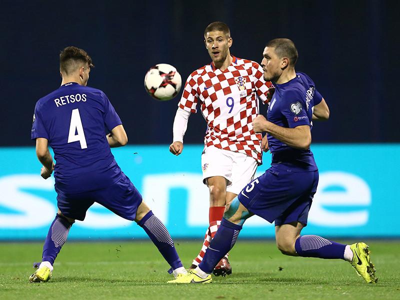 Футболисты сборной Хорватии в Загребе победили со счетом 4:1 команду Греции в первом стыковом матче за право сыграть на чемпионате мира 2018 года, который пройдет в России