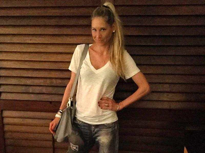 Бывшая теннисистка Анна Курникова родила близнецов Энрике Иглесиасу
