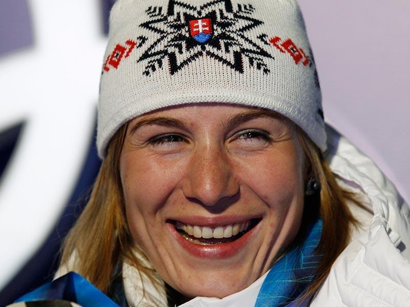 Бывшая российская биатлониста Анастасия Кузьмина, ныне представляющая Словакию, стала победительницей спринтерской гонки на третьем этапе Кубка мира во французском Анси