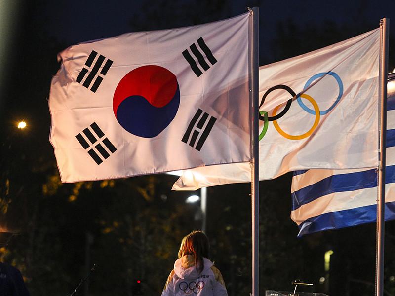 Пресс-секретарь президента РФ Дмитрий Песков в понедельник объявил, что Кремль не обсуждал вопрос объявления бойкота Олимпийским играм до объявления решения Международного олимпийского комитета (МОК) по участию сборной в зимних Играх 2018 года в южнокорейском Пхенчхане