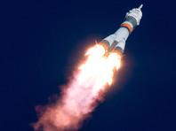 Кубок Гагарина и хоккейная шайба КХЛ отправились в космос