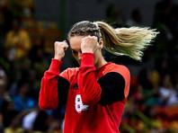 Вратарю женской сборной России по гандболу разрешили напиться после удачной игры