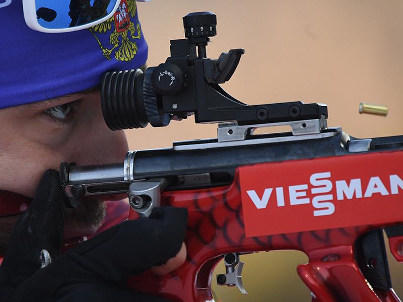 Российские биатлонисты добыли бронзу в эстафете Кубка мира