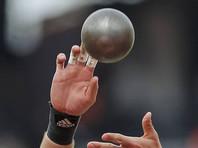 На соревнованиях в Праге погиб судья, которому ядром проломили грудную клетку