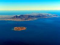 11-летняя девочка проплыла от острова Роббен до Кейптауна