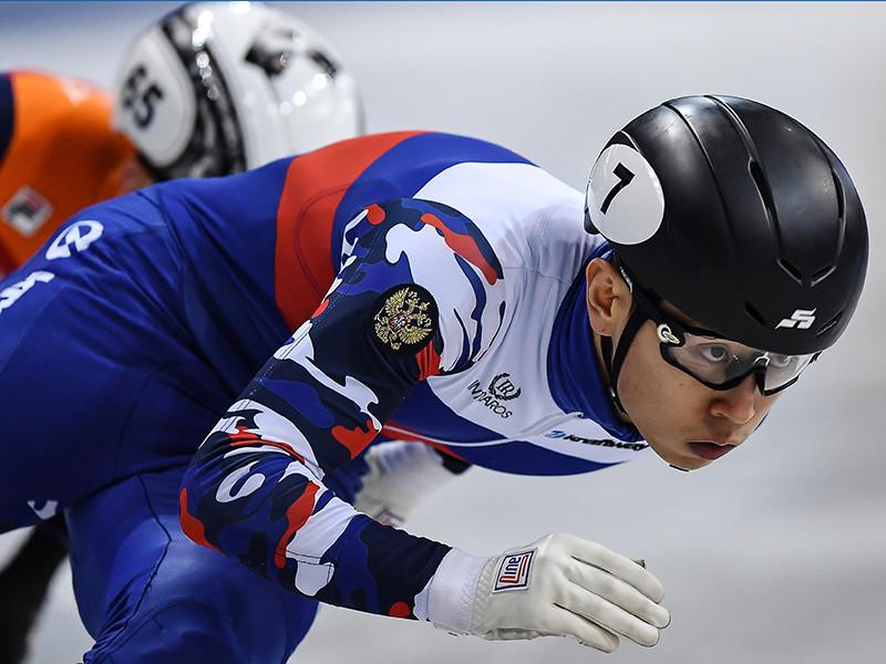 Плохие новости приходят и из Союза конькобежцев России (СКР). По словам его главы Алексея Кравцова, большие потери несет сборная по шорт-треку и конькобежному спорту, где в допуске было отказано почти всем лидерам
