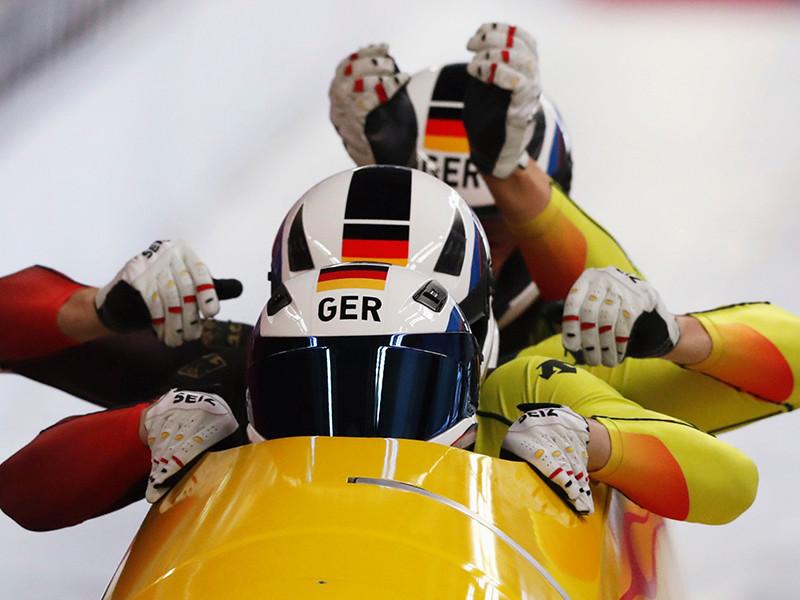 Бобслейный экипаж сборной Германии под управлением Франческо Фридриха выиграл золотые медали в соревнованиях четверок на Олимпийских играх в южнокорейском Пхенчхане