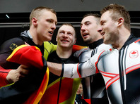 Олимпийскими чемпионами по бобслею в двойках стали сразу два экипажа