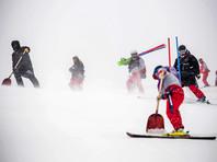На Олимпиаде в Пхенчхане зрителей сдувает ураганным ветром, соревнования отменены (ВИДЕО)