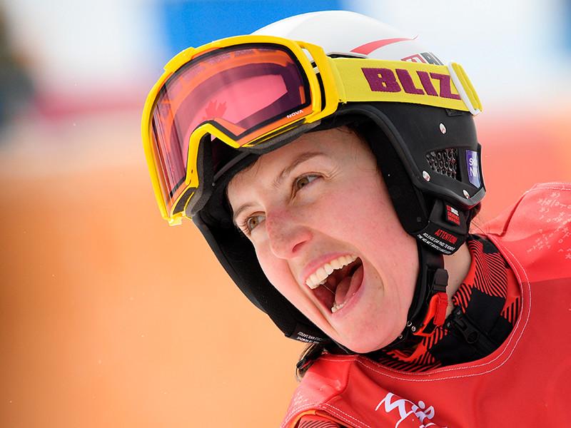 Канадская фристайлистка Келси Серва стала олимпийской чемпионкой в ски-кроссе
