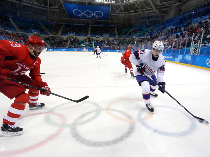 Мужская сборная России по хоккею в среду провела четвертьфинальный матч олимпийского хоккейного турнира, в котором подопечные Олега Знарка крупно переиграли национальную команду Норвегии