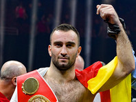 Боксер Гассиев добавил в свою коллекцию чемпионский пояс WBA и вышел в финал Всемирной суперсерии